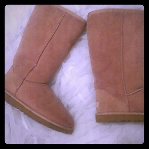 8a4541007da Light Brown UGG boots